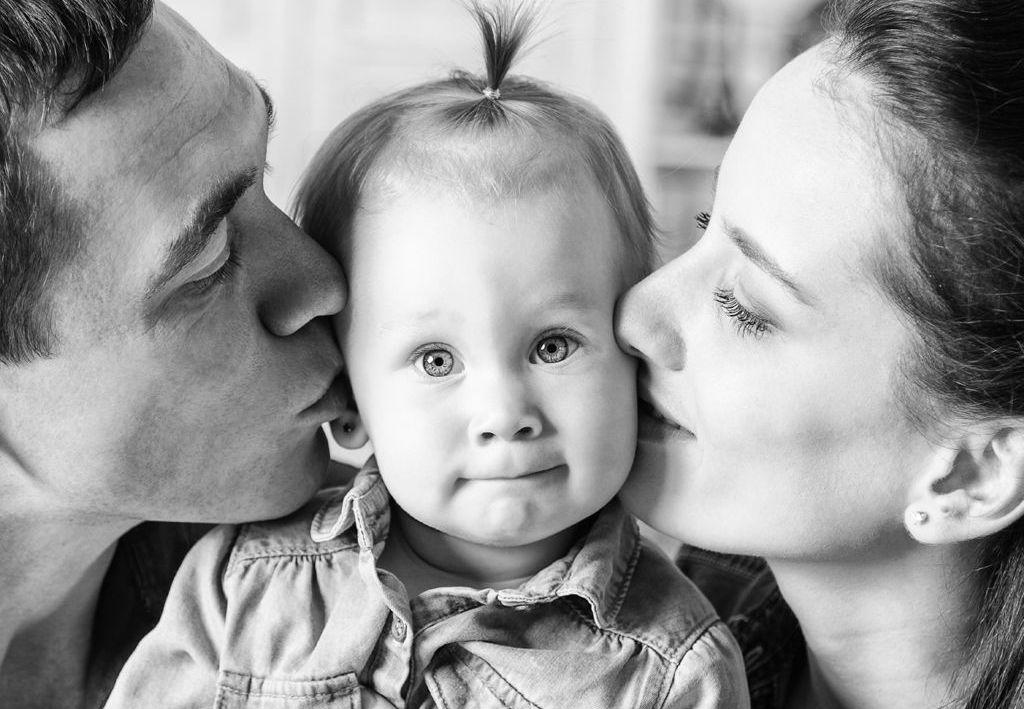 Buenas Frases Sobre Madres Padres E Hijos Diario Digital