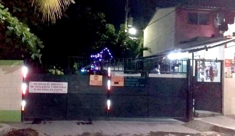 Delincuentes saltan muro de una residencial privada en Soyapango y dan muerte a joven que disputaba un partido de fútbol - Diario Digital Cronio de El Salvador