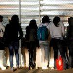 Le prometían trabajo a inmigrantes en España y luego las obligaban a tener sexo las 24 horas